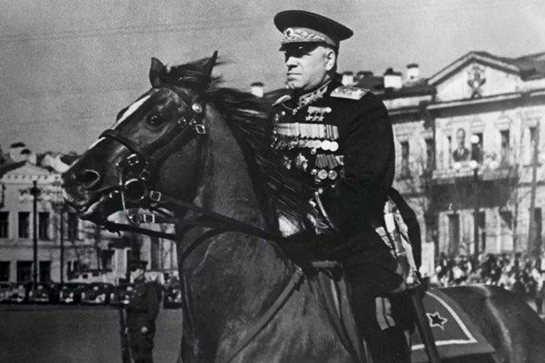 Sự thật lãnh đạo Liên Xô Khrushev từng đội ơn nguyên soái Zhukov