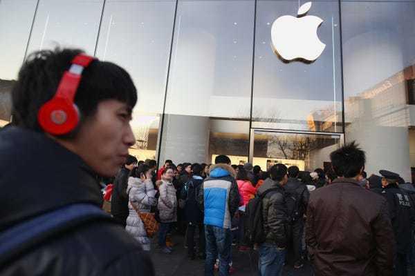Thoát vụ 15 tỷ USD, Apple đối mặt án phạt 26 tỷ USD