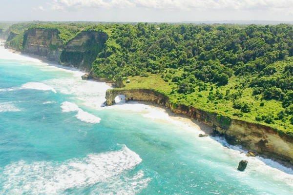 Tục bắt vợ đáng sợ ở hòn đảo được ví như viên ngọc của Indonesia