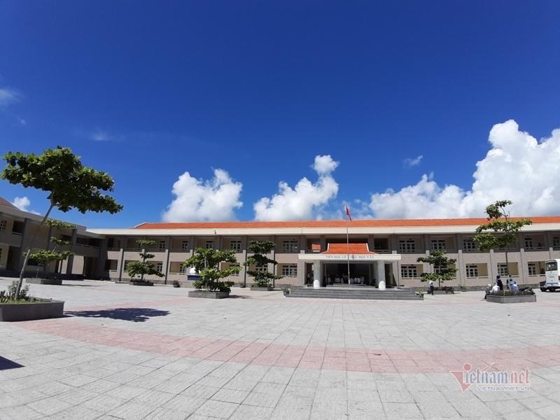 Lý do trường học ở Côn Đảo 2 năm không tuyển được giáo viên Tiếng Anh