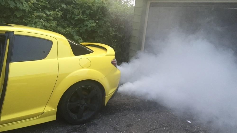 9 dấu hiệu cảnh báo động cơ ô tô đang bị lỗi
