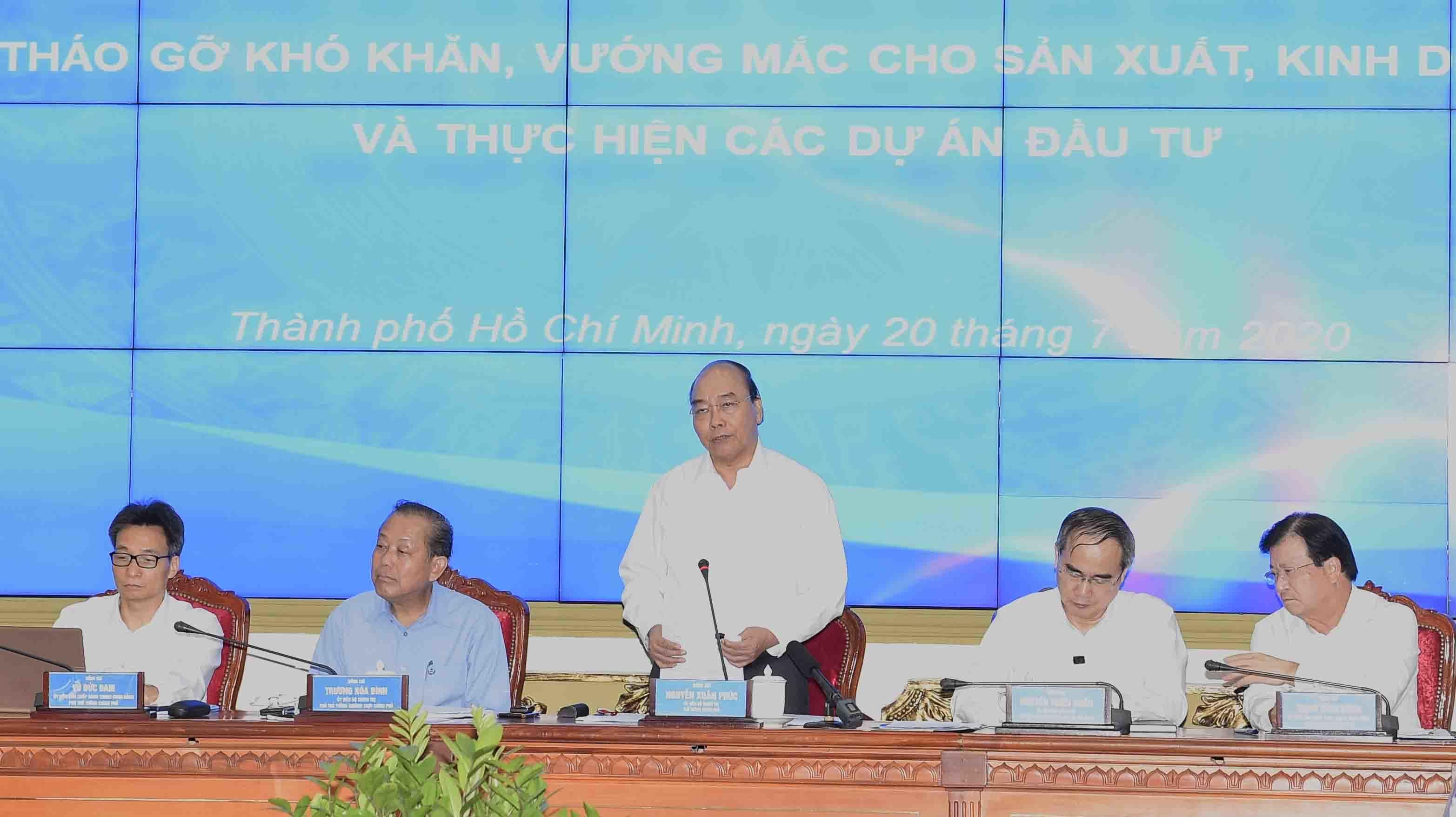 Thủ tướng yêu cầu TP.HCM không để sự trì trệ làm nghẽn đầu tư công