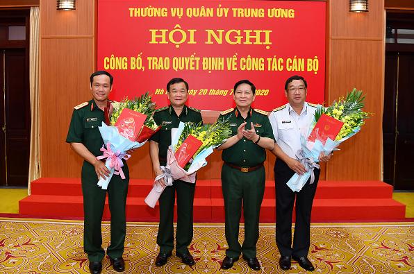 Trao quyết định bổ nhiệm cho ba thứ trưởng Bộ Quốc phòng