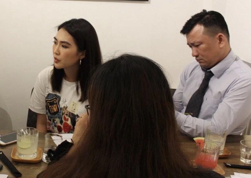 Tường Linh bật khóc nhờ cảnh sát vào cuộc bảo vệ nhân phẩm