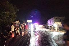 Xe khách giảm từ 80km/h xuống 69km/h trong 1 phút trước khi tai nạn