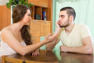 8 câu nói khiến đối phương chỉ muốn tránh xa bạn