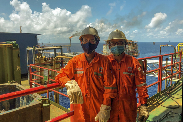 Cách đặc biệt để lao động ngành dầu khí vượt dịch Covid-19