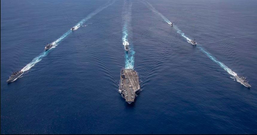 Tàu hải quân Ấn Độ diễn tập với tàu sân bay Mỹ