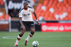 """Valencia thanh lý 8 cầu thủ, MU tóm ngay hàng """"nóng"""""""