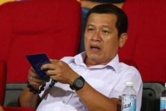 """""""Sếp"""" trọng tài hứa rút kinh nghiệm, Nam Định yêu cầu từ chức"""