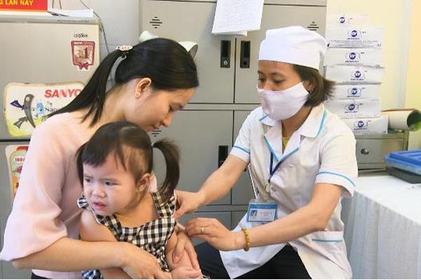 Quảng Ngãi được bổ sung hơn 800 biên chế y tế