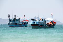 Việt Nam đề nghị các bên kiềm chế, không quân sự hóa Biển Đông