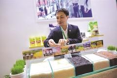 Vietnam vows to raise rice value