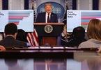 Ông Trump dự báo về diễn biến Covid-19, triển vọng vắc-xin
