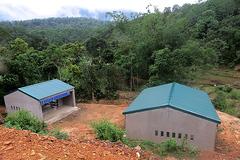Nghệ An xây mỗi chuồng bò cho người dân tộc Ơ Đu giá 236 triệu đồng