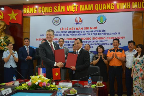 Việt - Mỹ ký thỏa thuận tăng cường thực thi pháp luật thuỷ sản
