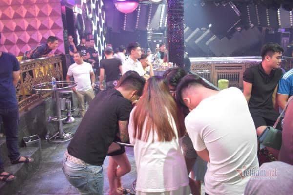 43 nam nữ phê ma túy trong quán bar ở Quảng Trị