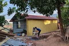 Trao nhà tình nghĩa tặng giúp hộ 'nghèo đội sổ' vùng biên giới Mường Nhé