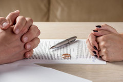 Giải quyết con chung thế nào khi không đăng ký kết hôn