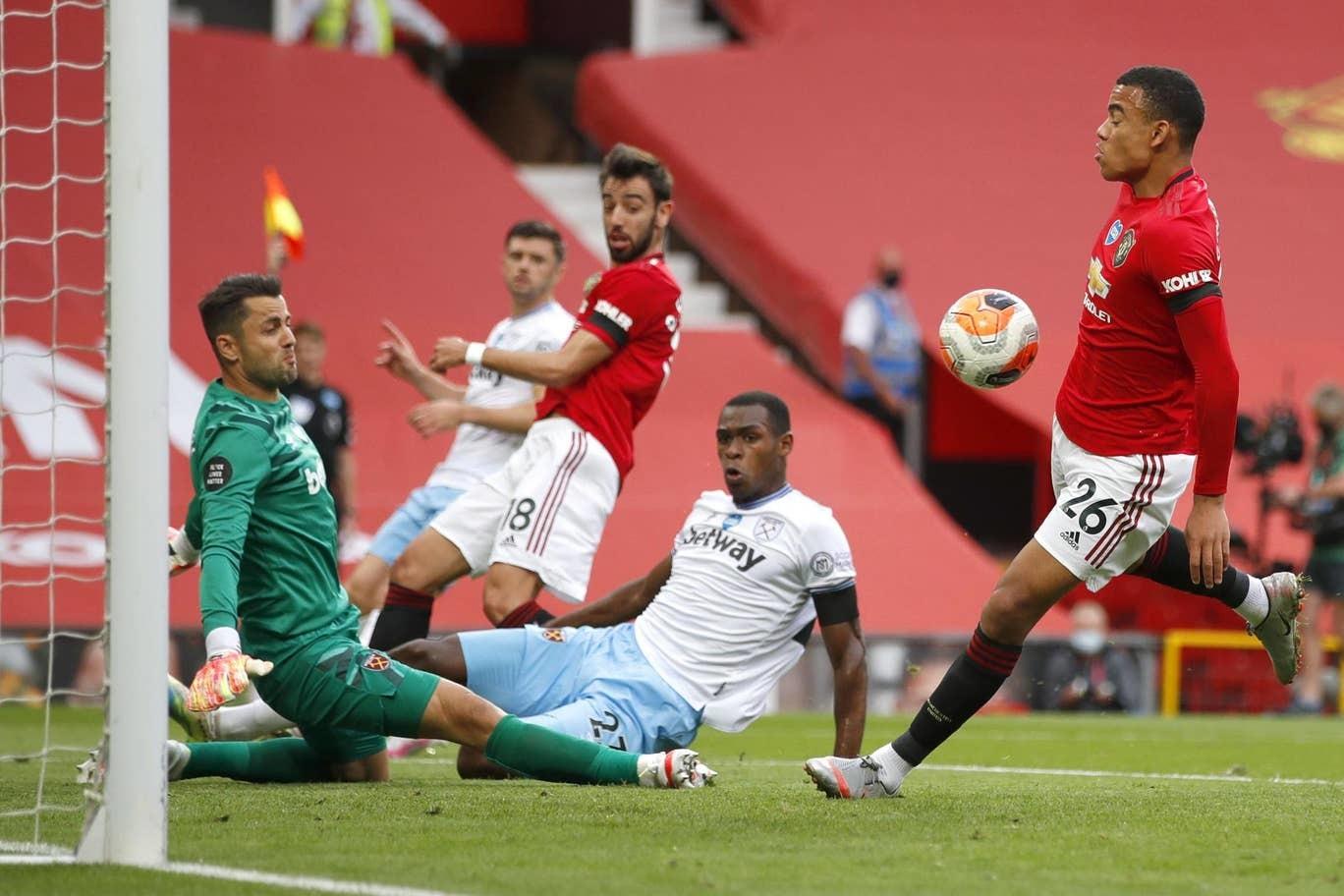 Solskjaer: 'MU quyết trận sống mái với Leicester'