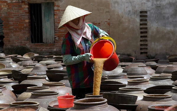Unique traditional craft of soya sauce making in Ban Village