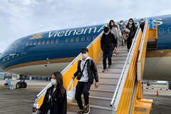 Vietnam plans resumption of international flights