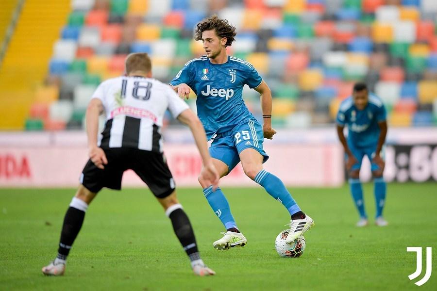 Ronaldo bất lực, Juventus lỡ cơ hội vô địch sớm