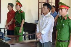 Hàng loạt phóng viên tống tiền vướng vào lao lý