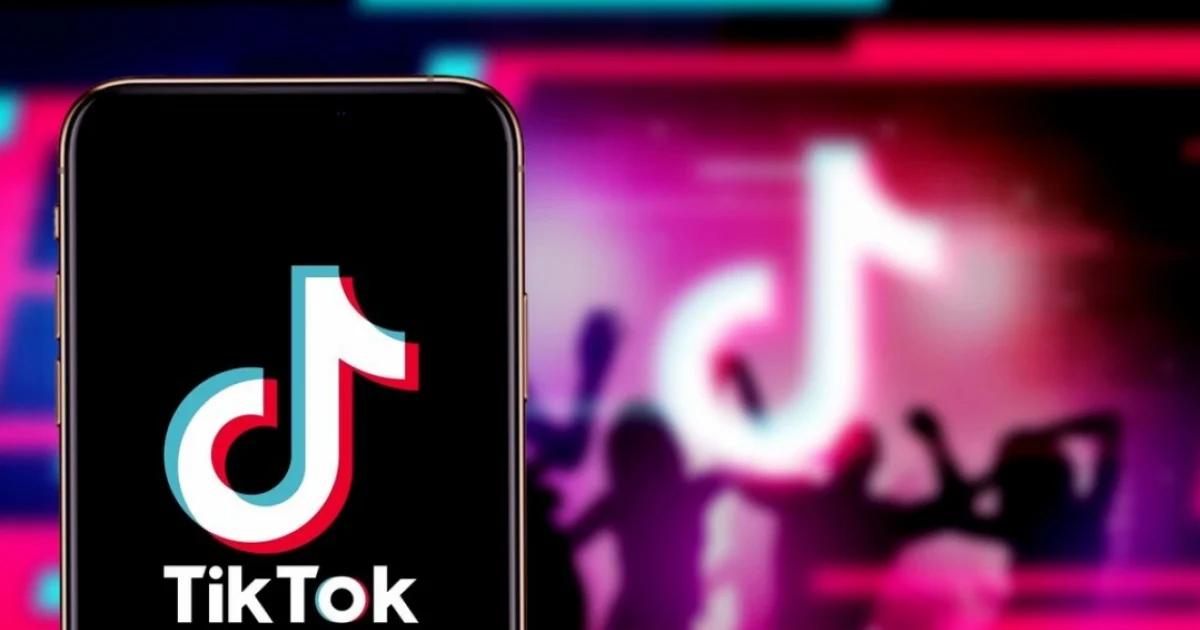 YouTube, TikTok và Facebook 'run rẩy' trước quy định mới của Malaysia