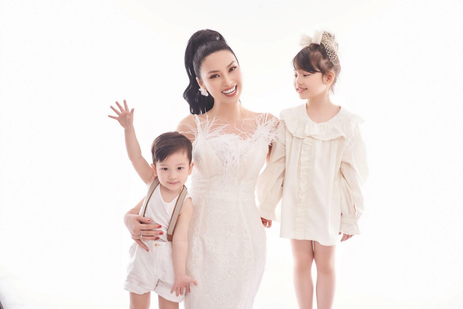 MC Huyền Sâm 9 lần dẫn trực tiếp chương trình 'Đồng Lộc - Ngã ba huyền thoại'