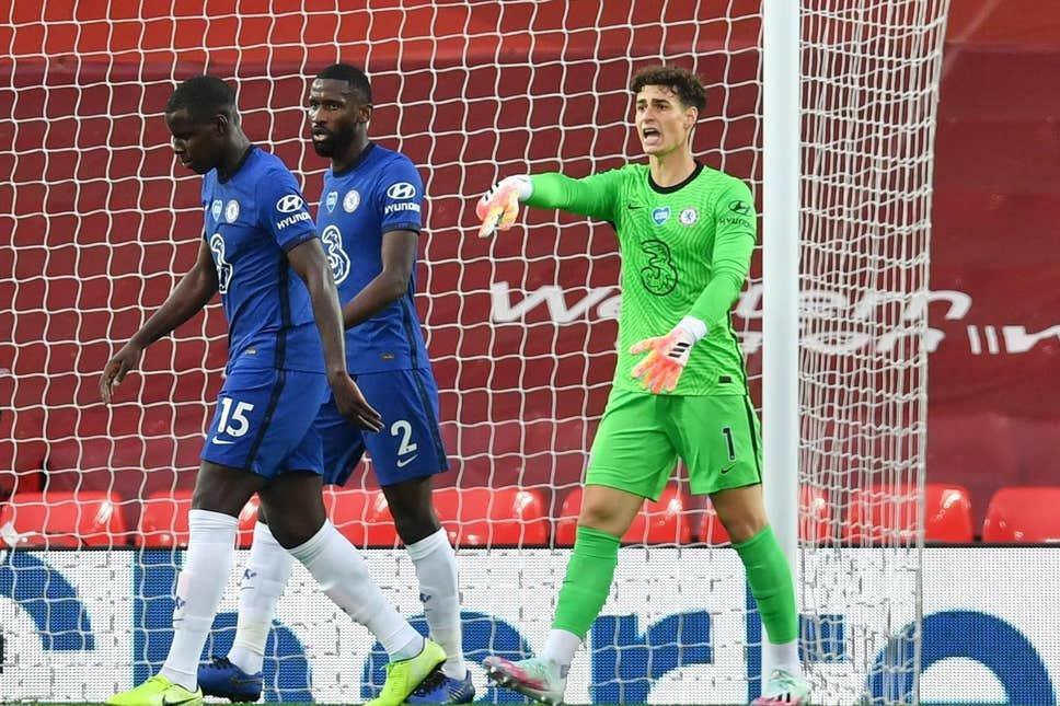 Thống kê 'tố' thủ môn Chelsea kém nhất Ngoại hạng Anh