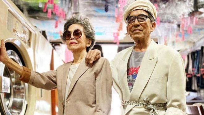 Tình yêu, gu thời trang của vợ chồng già U90 khiến giới trẻ thích thú