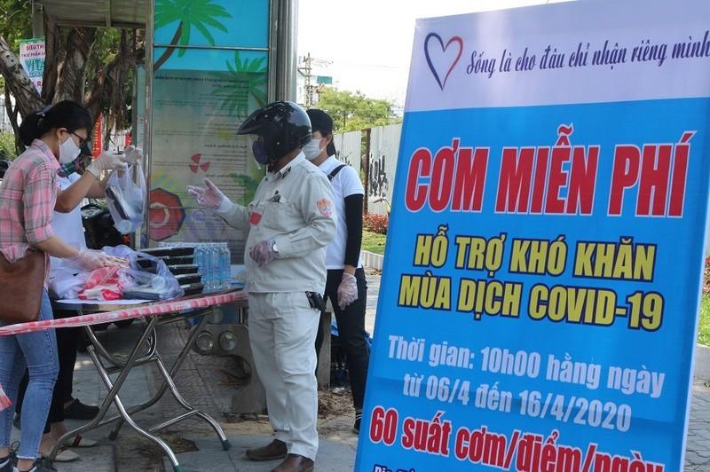 Đà Nẵng kịp thời hỗ trợ hộ nghèo, người lao động khó khăn do dịch bệnh