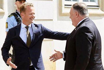 Lý do Ngoại trưởng Mỹ bị các nhà ngoại giao nước ngoài khước từ bắt tay