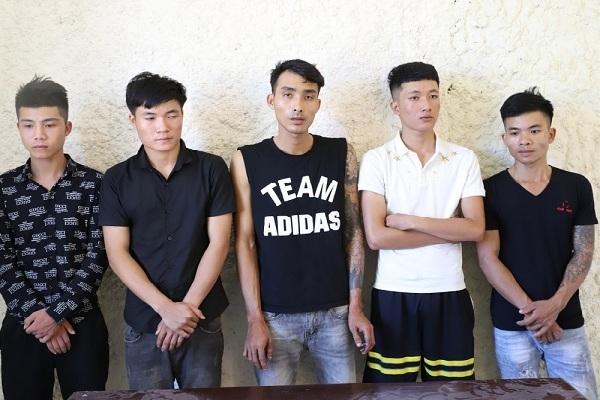 Nhóm thanh niên cướp taxi, ép tài xế viết giấy vay nợ 250 triệu đồng