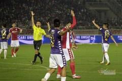TPHCM mất oan 2 quả phạt đền trước Hà Nội?