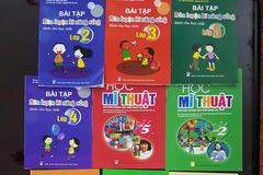 Nhiều sách giáo khoa giả bị phát hiện tại Hà Nội
