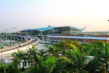 International flights to Danang suspended after suspected Covid-19-case