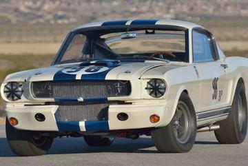 Ford Mustang 1965 giá đắt kỷ lục 3,85 triệu USD