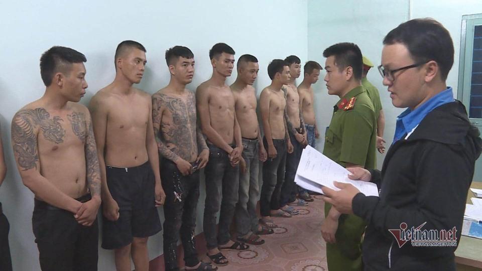 Bắt hai nhóm thanh niên cho vay lãi cắt cổ 480%/năm ở Đắk Lắk