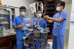 Bệnh nhân 416 nguy kịch, phải thở ECMO