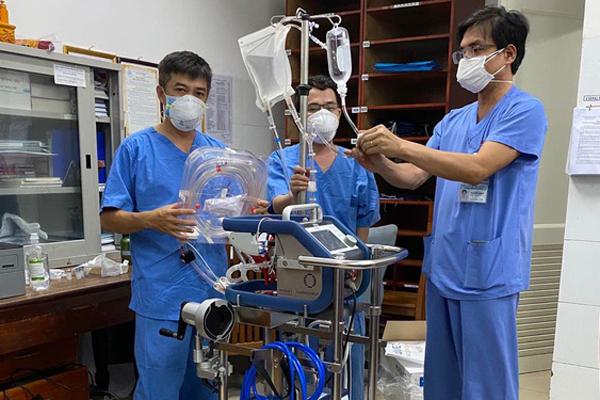 Tám bệnh nhân Covid-19 đang diễn tiến rất nặng