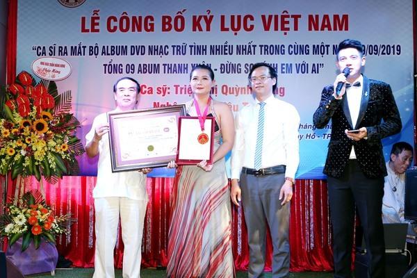 Ca sĩ Triệu Trang được công nhận Kỷ lục Guinness Việt Nam