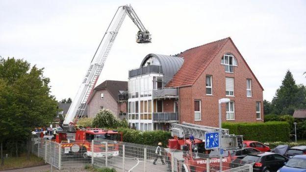 German crash: Three die as aircraft hits home in Wesel