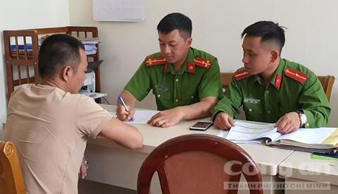 Dâu tây Trung Quốc nhập cảnh 22 ngày vẫn tươi như vừa hái