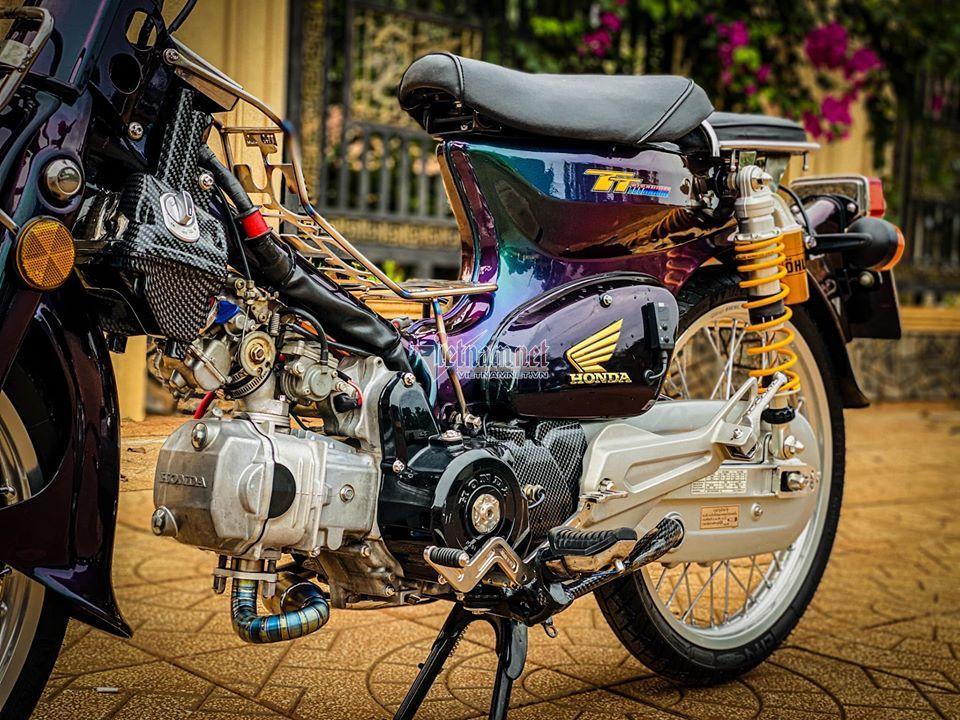 """Honda Super Cub 81 độ """"thập cẩm"""" cực chất của dân chơi Bình Phước"""