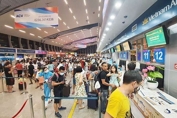 Due to coronavirus outbreak, Danang pauses welcoming visitors for 14 days
