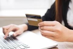 Cẩn trọng mất tiền khi lưu tài khoản ở trang mua bán online