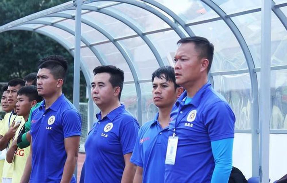 V-League hoãn vô thời hạn: Đà Nẵng thiết quân luật trong tâm dịch