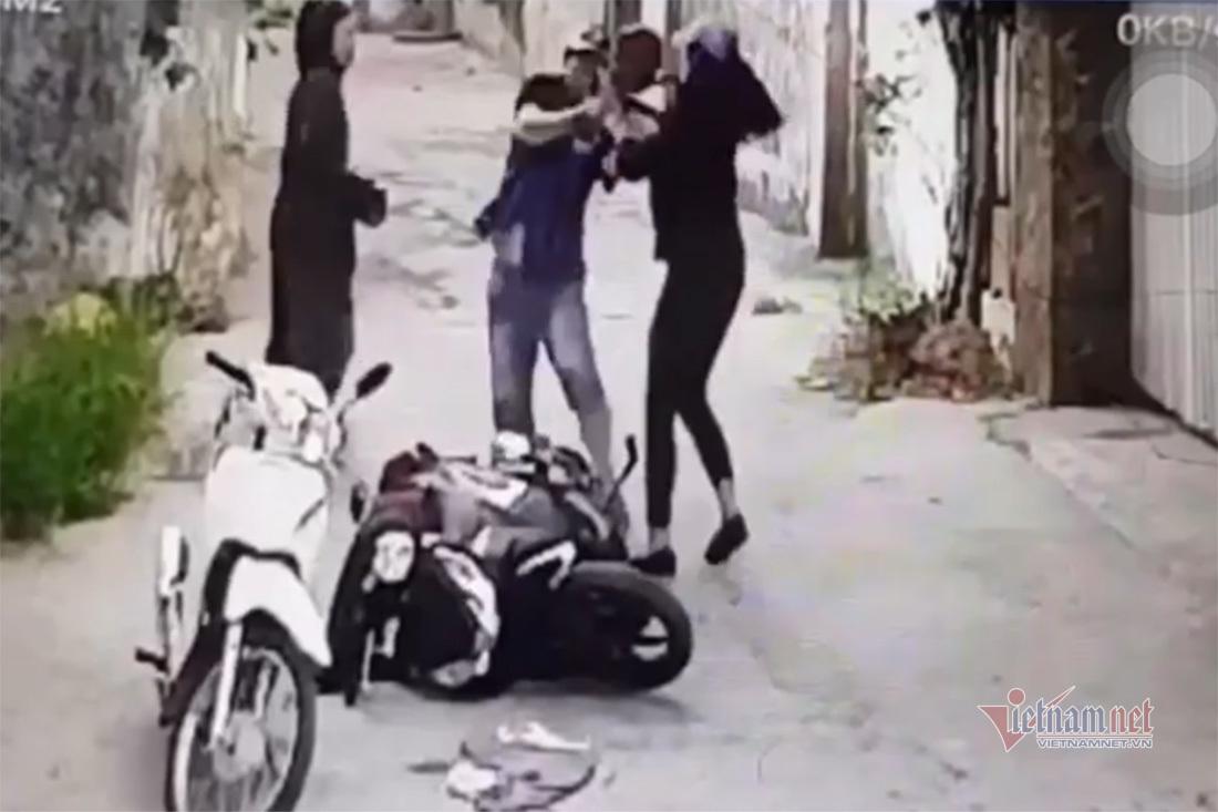 Camera ghi cảnh gã đàn ông sát hại người tình ở Nghệ An